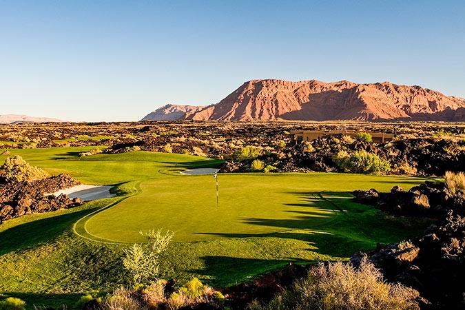 17 Green @ Entrada at Snow Canyon Golf Club - St. George Utah Golf - Photo By - Brian Oar - @brianoar
