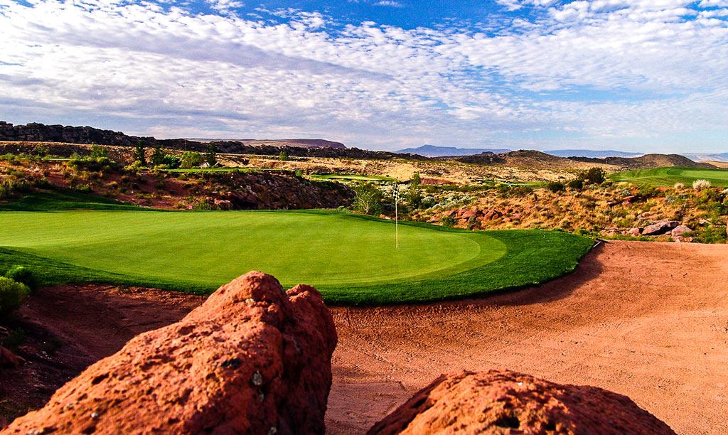 6 Green @ Coral Canyon Golf Club - St. George Utah Golf - Photo By - Brian Oar - @brianoar